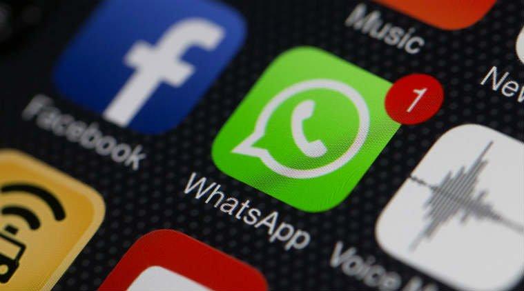 Observar las comunicaciones de Whatsapp de los hijos menores de edad